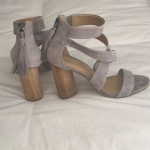 Splendid wicked Dove Grey Suede Heels size 9